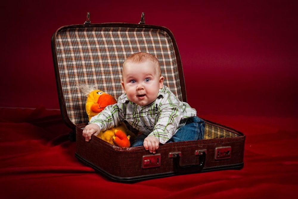 Viajar en avion con bebe, bebe en avion, viajar con bebe